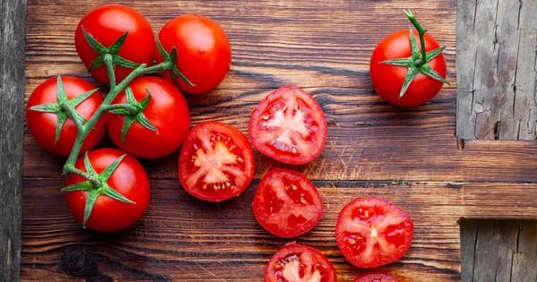 tomat untuk kulit wajah
